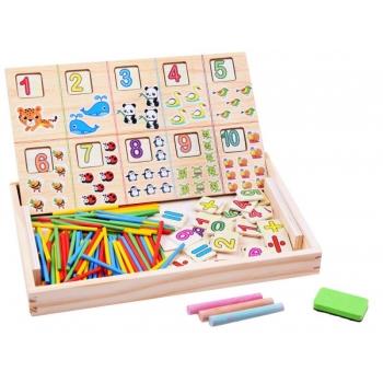 Arendav puidust tahvel mängimiseks ja arvutamiseks