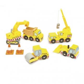 Puidust ehitusautode komplekt
