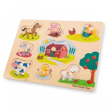 New Classic Toys - Puidust pusle käenuppudega Talu