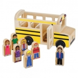 Wooden school bus with 7 play figures